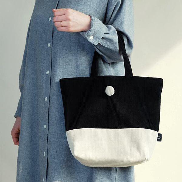데메테르앤드 [corduroy tote bag] black