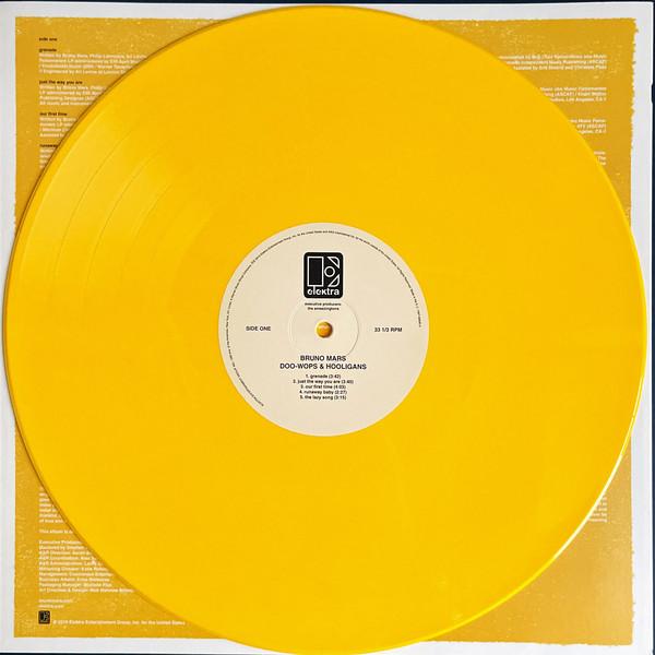 Bruno Mars (브루노 마스) - 1집 Doo-Wops & Hooligans [옐로우 컬러 LP]
