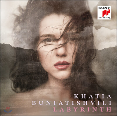 Khatia Buniatishvili 카티아 부니아티쉬빌리 피아노 작품집 '미궁' (Labyrinth)
